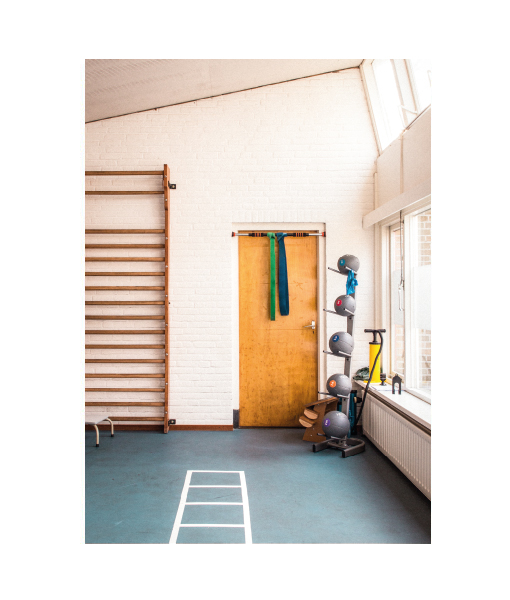 Vintage-poster-men-man-interior-gym-industrial-industrieel