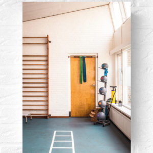 Vintage-poster-men-man-interior-gym-industrial-industrieel-stoer